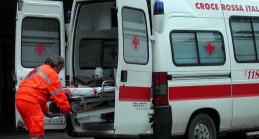 Torre Beretti: tamponamento tra moto e auto sullla ex statale 494, ferito un 17enne
