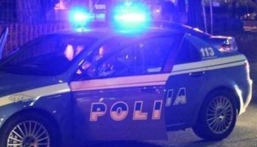 Minorenni su auto rubata, folle inseguimento: fermati dalla Polizia a Vellezzo Bellini