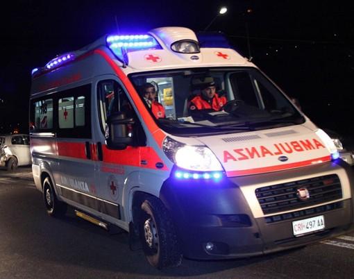 Gambolò: esce di strada con l'auto sulla provinciale 183, soccorso un 52enne