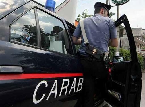 Sorpresi in giro nonostante gli arresti domiciliari, scattano due denunce