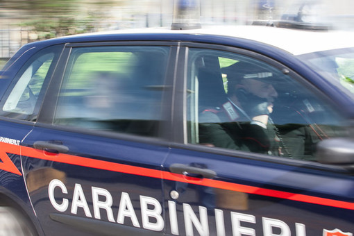 Mortara: minaccia di morte i vicini di casa, in manette un 46enne