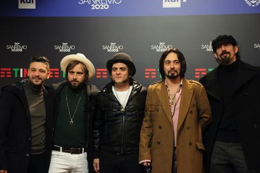 """70° Festival di Sanremo: Le Vibrazioni e lo stupore per quel primo posto """"Credevamo si fossero dimenticati di metterci in classifica"""""""