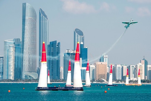 Red Bull Air Race sbarca in Francia! A Cannes grande festa con acrobazie aeree il 21 e 22 aprile
