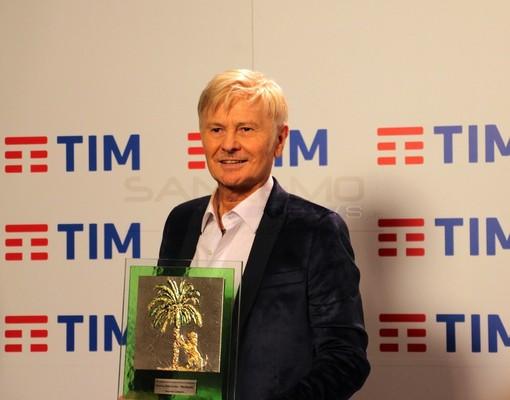 """Ron e il suo Sanremo: quarto posto e premio della critica """"Lucio non amava le grandi vittorie. Questo non è un premio di consolazione, ma un riconoscimento bellissimo"""""""