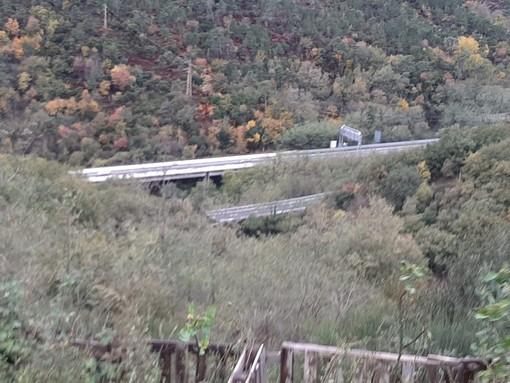Crolla viadotto dell'autostrada A6 tra Savona e Altare