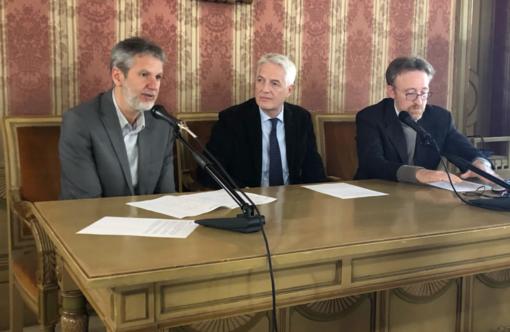 Da sinistra: Iacopino, Fossati e Bussandri alla conferenza stampa