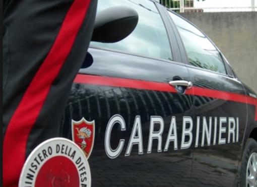 Vigevano: si inventa una rapina subita fuori dalla filiale di una banca in corso Vittorio Emanuele, ma viene smascherato e denunciato dai carabinieri