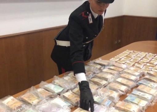 Riciclaggio, società fantasma e lingotti d'oro: l'inchiesta tocca anche Vercelli
