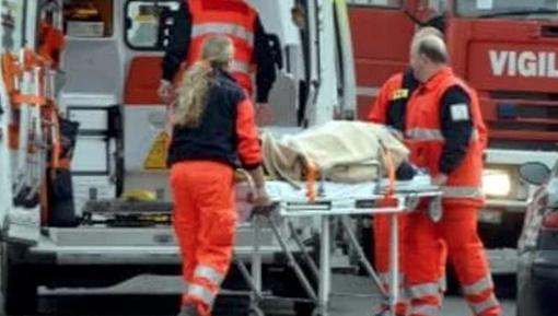 Frontale nel vercellese, morta una donna
