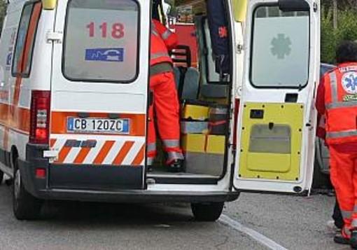 Pavia: scontro auto-moto sulla tangenziale sud, gravemente ferito un 51enne