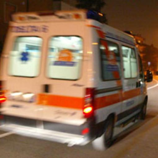 Gambolò: si ribalta con l'auto, lievemente ferito un 27enne