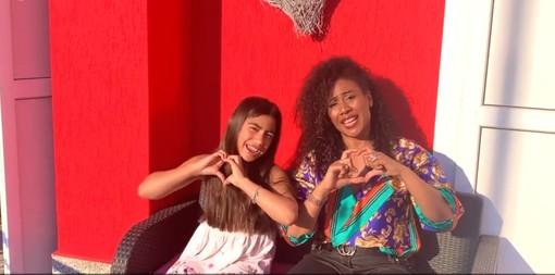 - (VIDEO) - Pavia, #andràtuttobene diventa una canzone. Ad interpretarla la cantante Sherrita Duran e la figlia Noelle