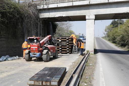 Sannazzaro: effettuati i lavori di consolidamento sul ponte della ferrovia