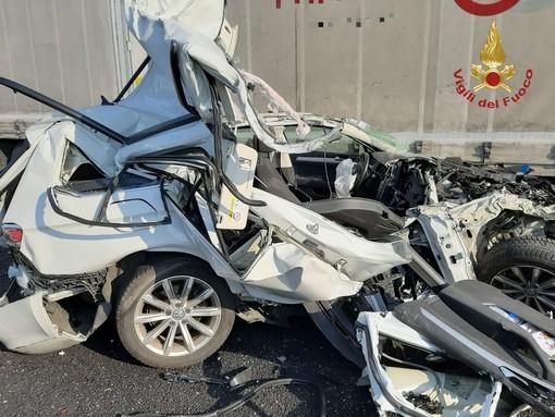 Oltrepò: scontro tra veicoli sull'autostrada A21, ferito il conducente di un'auto e traffico bloccato