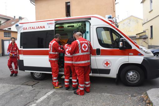 Vigevano: Scontro auto-moto in viale Commercio, ferito un motociclista