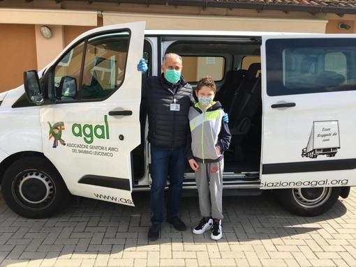 """""""Accendi d'Oro, Accendi la Speranza""""  AGAL porta a Pavia la campagna nazionale di sensibilizzazione sul cancro infantile"""