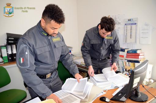 """Pavia, operazione """"Master Fraud"""": scoperta maxi evasione fiscale e riciclaggio di denaro sporco. 17 denunciati"""