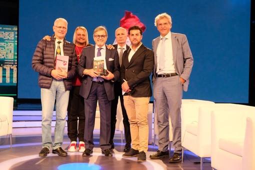 'Canale Italia', 'NotizieOggi Lineasera': tema e ospiti del 1° Ottobre
