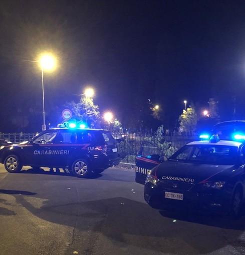 """Notte di controlli nel pavese, al setaccio dei carabinieri strade e piazze """"calde"""" del territorio"""