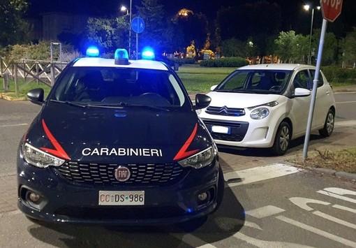Voghera: guida in contromano per eludere i controlli dei carabinieri, denunciato un minorenne
