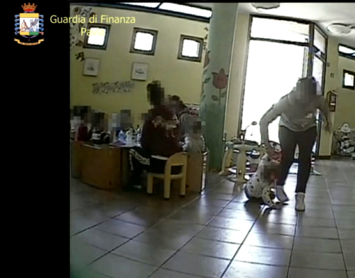 Varzi, maltrattamenti all'asilo nido: arrestata una maestra