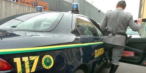 """Monza, la Guardia di Finanza chiude un """"Compro Oro"""" abusivo: fatturava 300 mila euro"""