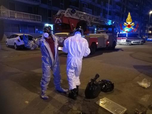 Sannazzaro: i Vigili del fuoco soccorrono un anziano in casa febbricitante da alcuni giorni che non rispondeva