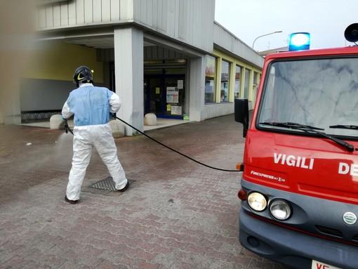 Mede: i Vigili del fuoco impegnati nella sanificazione del paese