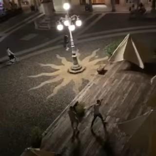 Vigevano: identificati i responsabili degli atti vandalici in piazza Ducale