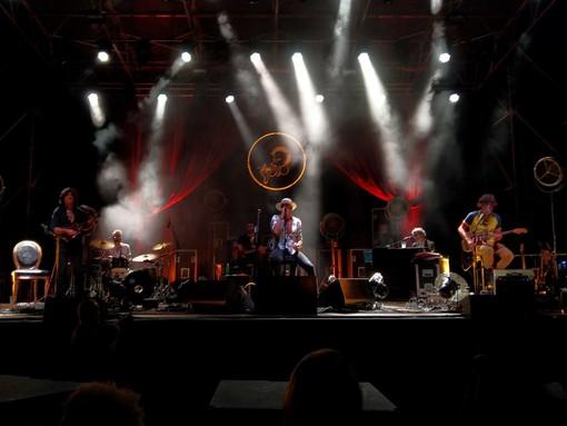 Vigevano, il rock dei Negrita conquista il Castello (FOTOGALLERY)
