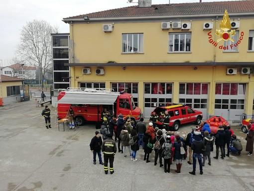 Pavia: i vigili del fuoco aprono le porte della caserma ai più piccoli