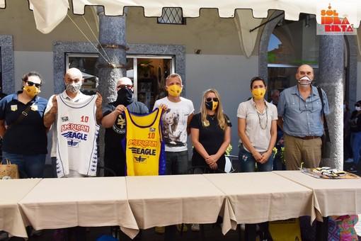 """Vigevano: conclusa la seconda asta benefica di """"Solidearietà"""", raccolti 2.300 euro"""