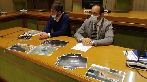 Gli assessori Daniele Semplici e Nicola Scardillo durante la conferenza stampa di questa mattina (mercoledì)