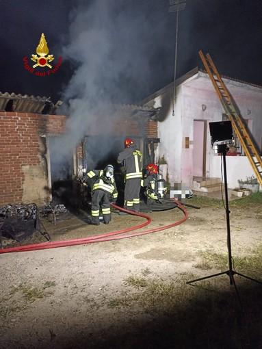 Palestro: fiamme in abitazione, intervengono i Vigili del fuoco