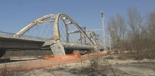 Per il nuovo ponte sul Ticino slittano i tempi di realizzazione