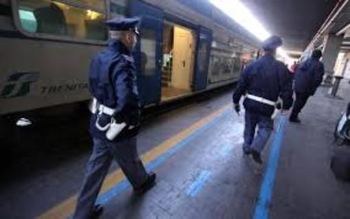 Voghera: ricercata per spaccio di stupefacenti, viene arrestata dalla Polfer su un treno per Genova