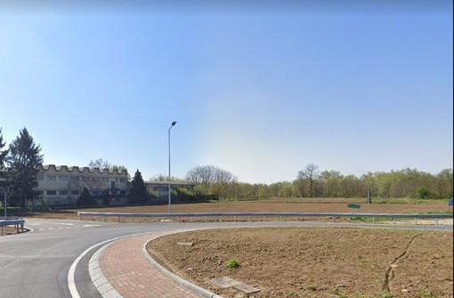 Dorno, l'inaugurazione della nuova rotatoria di intersezione tra la provinciale 206 e via Scaldasole diventa un caso politico