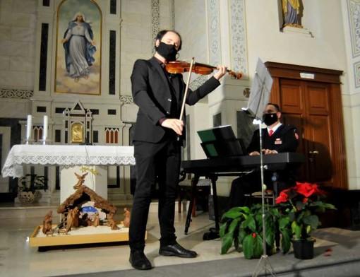 San Vittore Olona: in tempi di Covid e di divieti di ingressi ed eventi in RSA i residenti allietati dalla musica di Stradivari