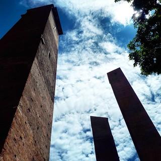 "Pavia: sabato visita alle torri medievali con: la ""Città delle 100 torri"""