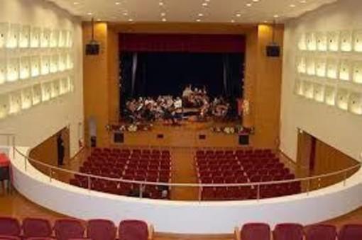 Mede: IV concorso lirico internazionale Teatro Besostri