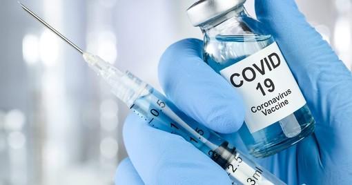 Vaccino anti Covid-19 ai farmacisti, si parte il 20 febbraio, Monti (Lega): «Il Governo mantenga il piano di consegna delle dosi»