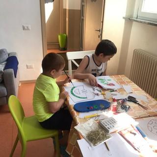 Regali solidali: il calendario AGAL con i disegni dei bambini colpiti da malattie oncoematologiche
