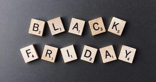 Black Friday, gli italiani spenderanno 1.3 miliardi di euro online