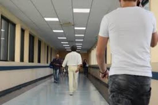 Pavia: malasanità, cinque ore per una visita al San Matteo, odissea per un paziente
