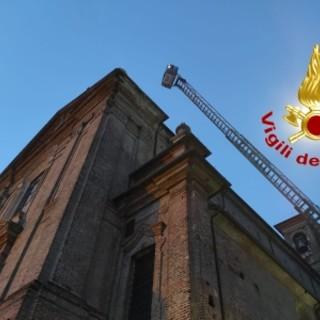Robbio: il maltempo colpisce alcuni edifici, intervengono i Vigili del fuoco