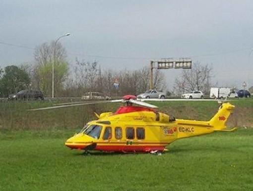 Bernate Ticino: grave infortunio sul lavoro, fratture multiple per un operaio caduto da due metri