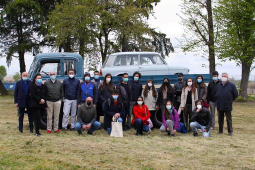 Mezzi storici, studenti in visita a Stroppiana (Vc) da 'Marazzato' per creare un polo di interesse attivo tutto l'anno