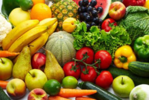 Coldiretti: è caro frutta, rincari di oltre il 10%