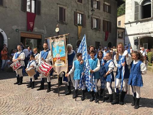 FOTOGALLERY - Doppio impegno estivo a Gromo e a Mortara per i giovani alfieri ducali