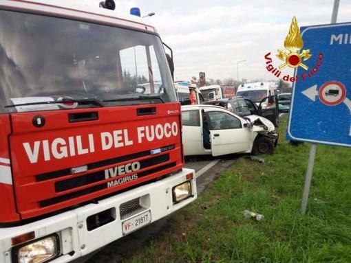 Sedriano: grave incidente sulla ex SS11, tre feriti